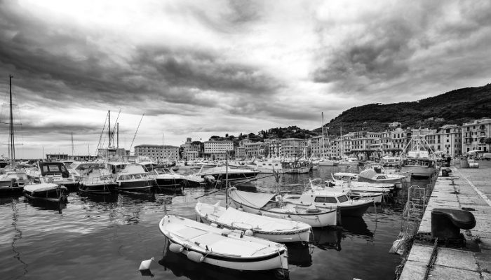3 Reasons to Use Black and White Photos of Your Holiday Let